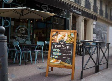 Identité visuelle pour Twist Avenue : Présentoir, covering street